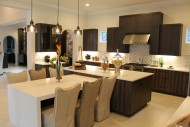 Montverde, Transitional Bi-level Island Kitchen 01