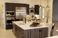 Montverde, Transitional Bi-level Island Kitchen 02